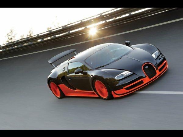 Стильный Bugatti Veyron Super Sport