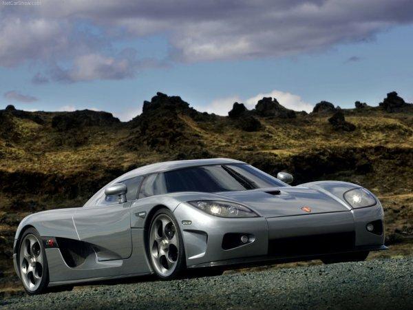 Эффектный спорткар Koenigsegg CCX
