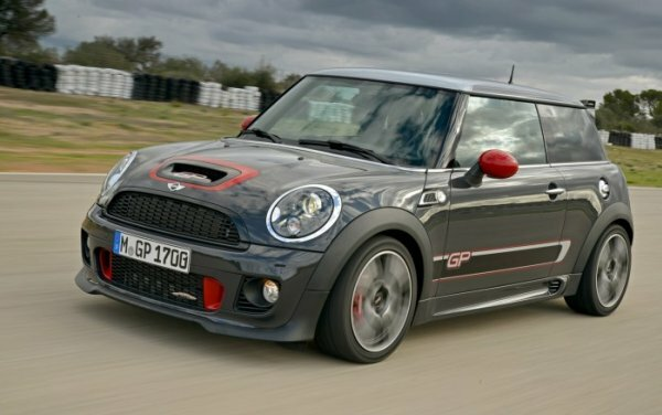 Компактный Mini Cooper JC Works GP
