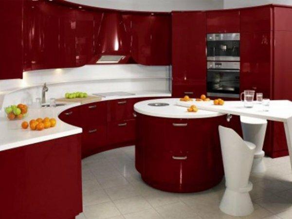 Красно-белый модерн и многоуровневый «остров»