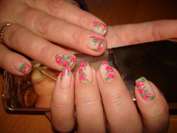 Нежный нюд и романтичные розы