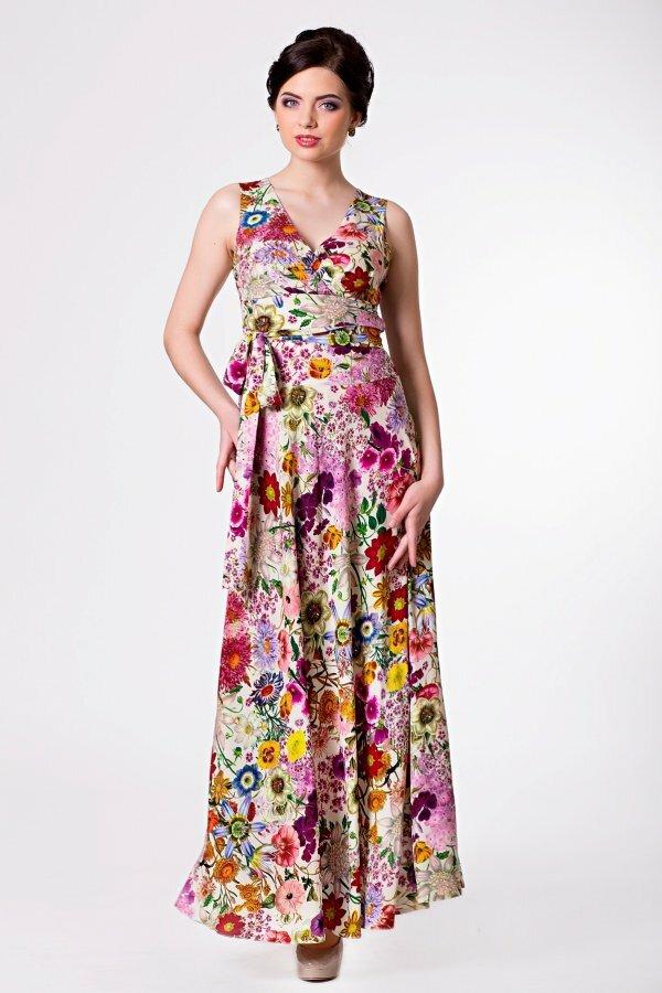 Платье прямого силуэта с высокой талией