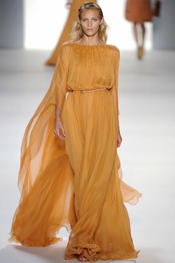 Необычное платье-кокон