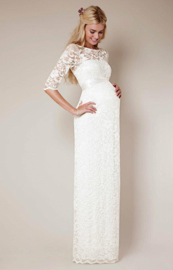 Элегантное закрытое платье с кружевом