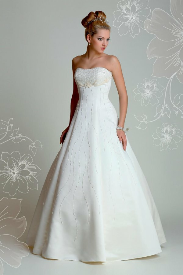 Элегантное корсетное платье «Аврора» с вышивкой