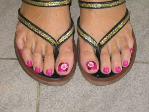 Милые розовые пионы