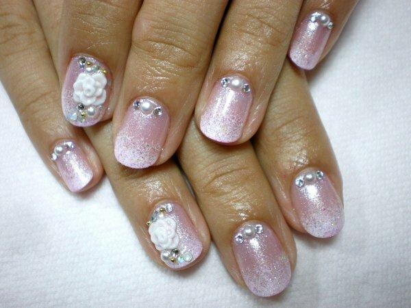 Розовая слюда и белые «Цветы»