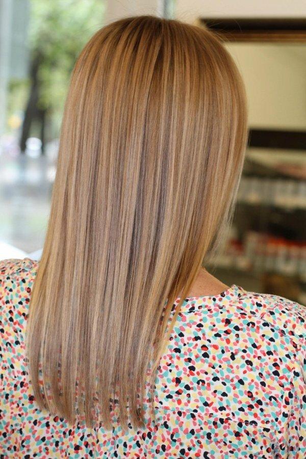 Частое калифорнийское мелирование на светло-русые волосы..