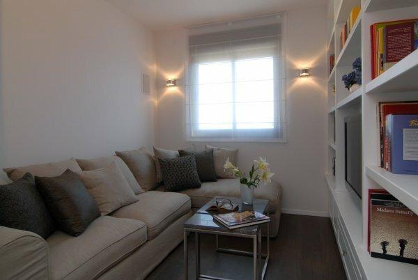 Маленькие комнаты плохо освещаются – выбирайте светлые оттенки для оформления стен