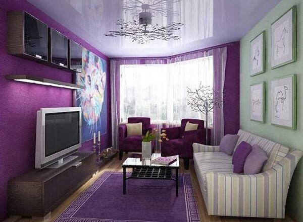 Более яркие цвета подобраны так, чтоб акцент был сделан на видеозону гостиной комнаты