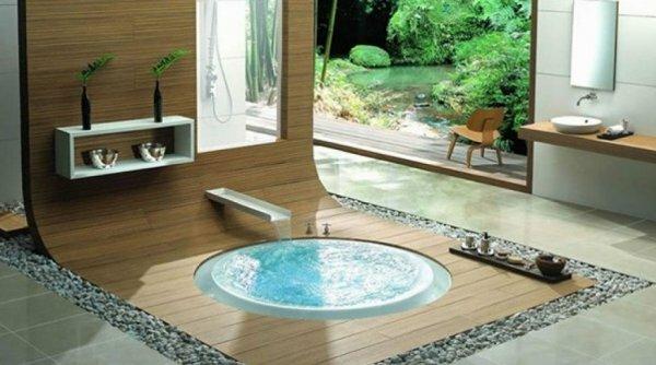 Любителям диковинок понравится ростовая ванна в полу