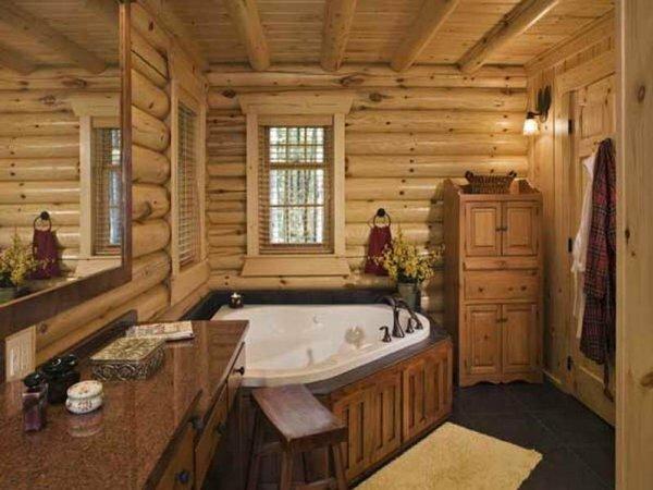 Дополнительную мебель в ванной деревянного дома можно также сделать из натурального материала