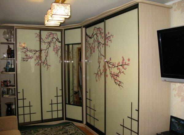 Модного японского направления можно придерживаться даже в мебели