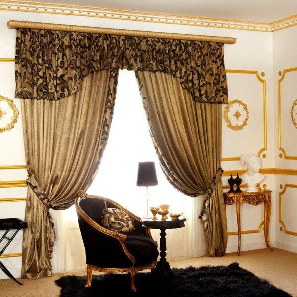 Попадая в такую комнату, создается впечатление, что посетил королевский замок