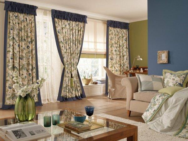 Стиль Прованс можно выдерживать не только в мебели, но и в гардинах