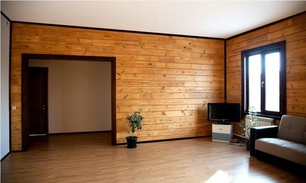 Ничего лишнего ‒ только дерево и минимум мебели