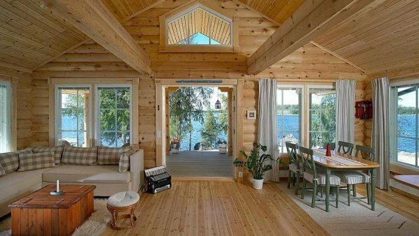 Для экономии пространства можно сделать дом-студию